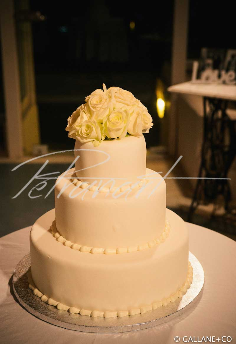 Petranart | Santorini wedding cakes