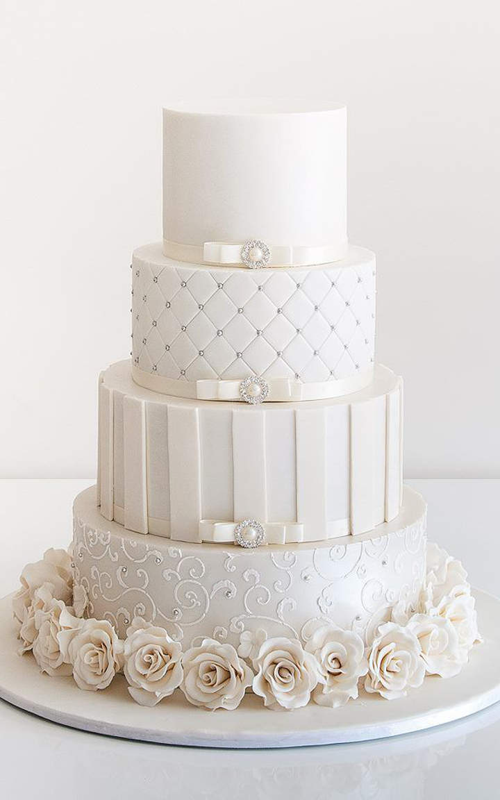delicate-lace-cake-designs-for-a-romantic-wedding-1